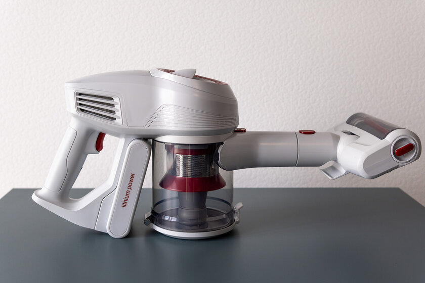 A vacuum cleaner for those who do not like vacuuming.  Review of the manual Jimmy JV51 - A set of attachments and accessories.  7