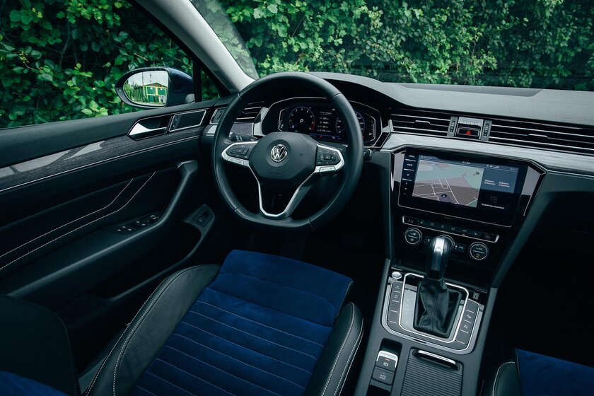 A Volkswagen classic for every day.  Test drive Passat 2021