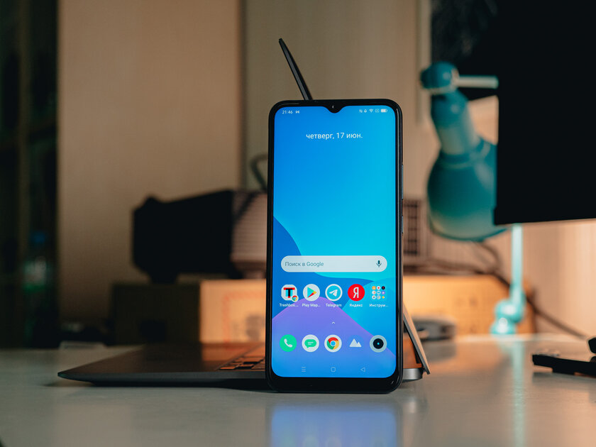 Best smartphone for vacation: Realme C25 review with record-breaking battery and powerful hardware