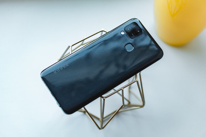 Infinix Hot 10s after 2 weeks: full review of new items